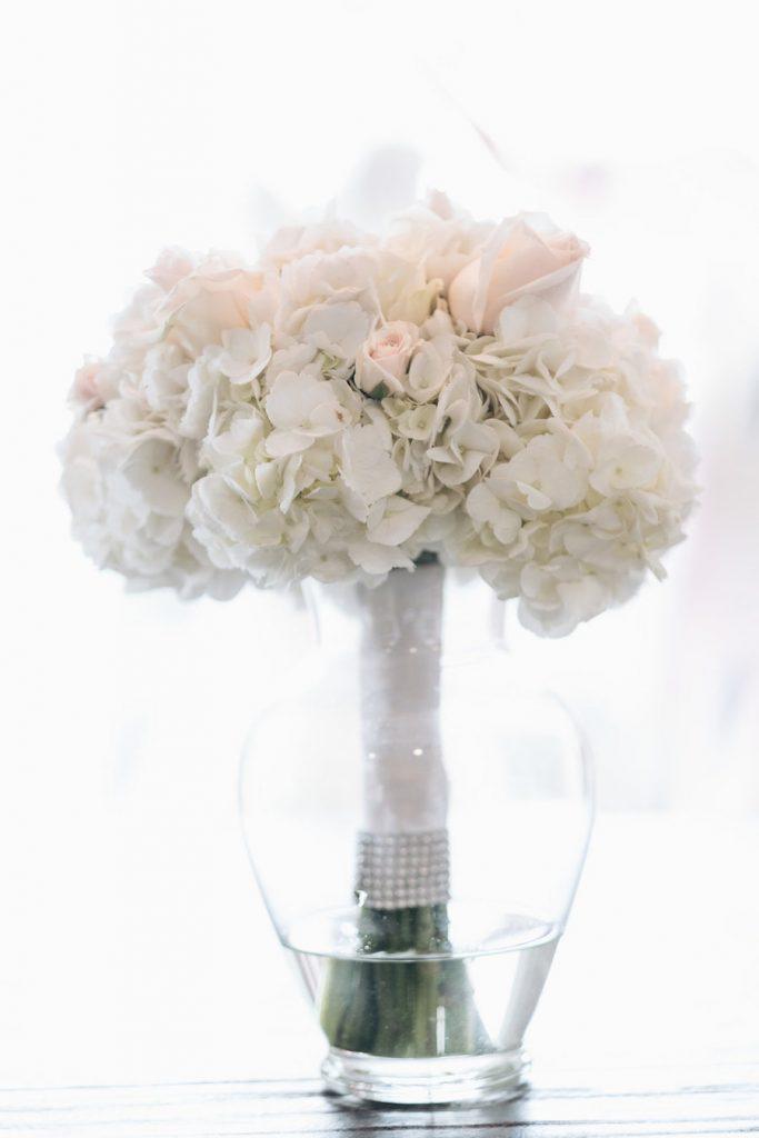 White-Floral-Bouque-Violet-Wedding-Doyin-Fash
